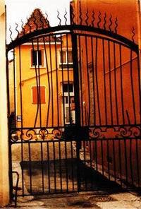 Grille d'entrée de l'ancien hôtel particulier de la famille Anglancier
